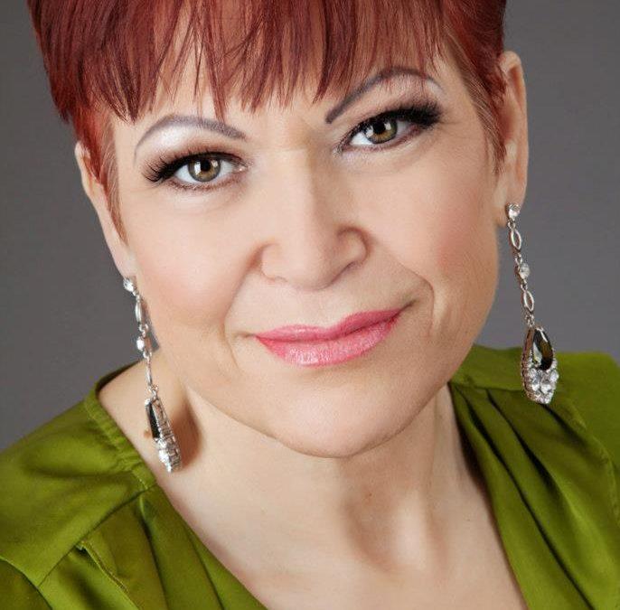 Carola Akins