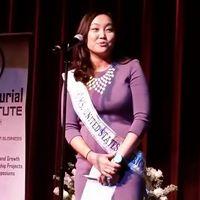 Inny Kim at microphone